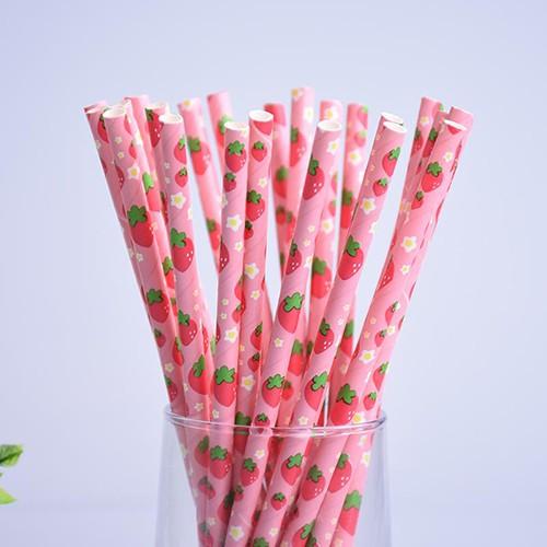 pailles (paper straws) / fraises x10