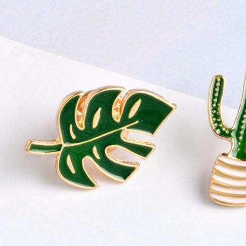 pin's feuille monstera / vert