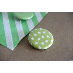 badge motifs / étoiles vertes