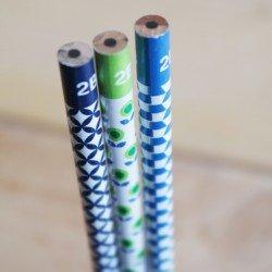 trio crayons de papier 2B / vintage